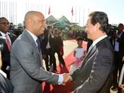 Premier vietnamita dialoga con dirigentes haitianos