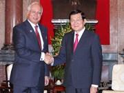 Premier malasio exhorta a expandir inversiones en Vietnam