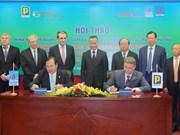 Vietnam y Bulgaria comparten experiencias en reciclaje de aceite
