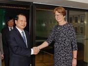 Adquiere Vietnam experiencias suecas en desarrollo mercado financiero
