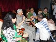 Líder partidista visita Laos en ocasión de fiesta de Año Nuevo