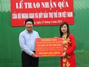 Viceprimer ministro inaugura escuela en Ha Giang