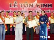 Rinde homenaje Vietnam a donantes de sangre