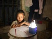 Grupo holandés respalda iluminación rural de Ha Nam