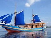 Desaparecidas15 personas en naufragio en Indonesia