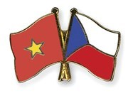 Partidos vietnamita y checo refuerzan relaciones