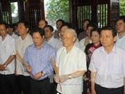 Líder partidista visita histórica base revolucionaria