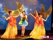 Fiesta del Medio Otoño para niños vietnamitas en el extranjero