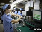 Vietnam invierte 19 mil millones de dólares en el extranjero
