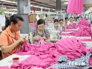 Industria vietnamita de confecciones logra superávit en nueve meses