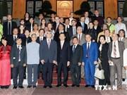 Presidente vietnamita recibe músicos de Asia y Europa