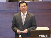 Votantes satisfechos de repuestas de ministro de Industria y Comercio