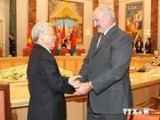 Vietnam y Belarús abogan por promover nexos económicos