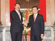 Presidente de Hungría concluye visita en Vietnam