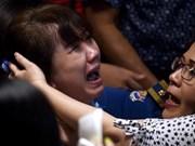 Recuperan más de 40 cadáveres de pasajeros de avión de AirAsia