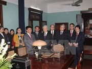 Secretario general del PCV rinde tributo al Presidente Ho Chi Minh