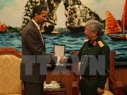 Viceministro de Defensa vietnamita recibe a ejecutivo de Boeing