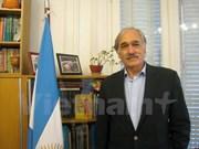 Diputado argentino destaca éxito de la IPU-132 en Vietnam