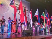 Vietnam asiste a Foro del Pueblo de ASEAN