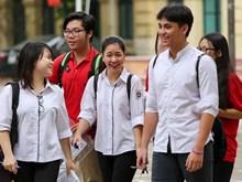 Estudiantes vietnamitas toman el examen nacional de secundaria