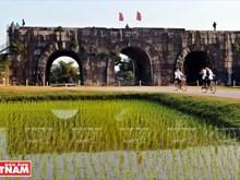 Misterios de la ciudadela de piedra de la dinastía Ho