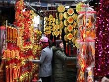Pobladores de Hanoi honran hoy a Dioses de la Cocina