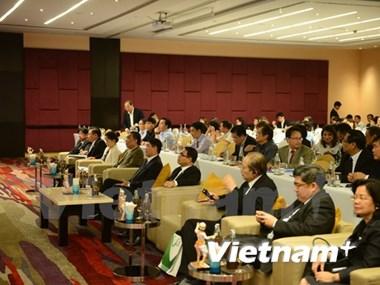 Impulsan cooperación entre escritores vietnamitas nacionales y residentes en el extranjero