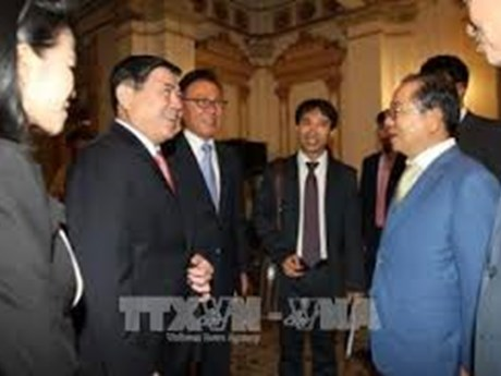 Empresas sudcoreanas muestran interés en desarrollo energético y urbano de Ciudad Ho Chi Minh